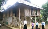 Độc đáo ngôi nhà sàn của người Mường Bi, Hòa Bình