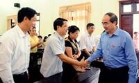 Chủ tịch Ủy ban Trung ương Mặt trận Tổ quốc Việt Nam tiếp xúc cử tri tại Bắc Giang