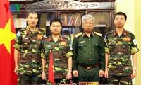 Lãnh đạo Bộ Quốc phòng giao nhiệm vụ cho cán bộ tham gia lực lượng gìn giữ hòa bình Liên hợp quốc