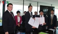 VOV ký thỏa thuận hợp tác với Đài phát thanh quốc gia Pháp
