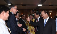 Thủ tướng Nguyễn Xuân Phúc dự Hội nghị xúc tiến đầu tư vào tỉnh Long An
