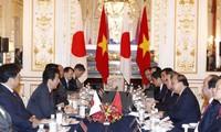 Việt Nam và Nhật Bản nhất trí thúc đẩy kết nối hai nền kinh tế