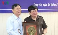 Tổng Giám đốc VOV thăm và làm việc tại Đài PT-TH Long An