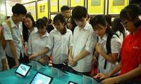 """Tỉnh Tuyên Quang tổ chức triển lãm bản đồ, trưng bày tư liệu """" Hoàng Sa, Trường Sa của Việt Nam"""