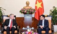 Phó Thủ tướng, Bộ trưởng Ngoại giao Phạm Bình Minh tiếp Đại sứ Hoa Kỳ Ted Osius chào từ biệt