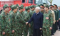 Tổng Bí Thư Nguyễn Phú Trọng kiểm tra công tác huấn luyện tổng hợp, sẵn sàng chiến đấu năm 2017