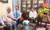 Trưởng ban Tuyên giáo Trung ương thăm, chúc mừng các nhà báo lão thành cách mạng