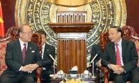 Nguyên Chủ tịch Liên minh Nghị sỹ hữu nghị Nhật-Việt Takebe Tsutomu thăm VN