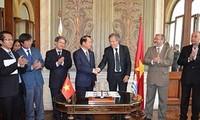 Việt Nam và Uruguay kỷ niệm 20 năm quan hệ ngoại giao