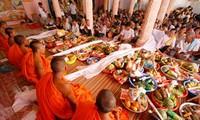 Nhiều hoạt động mừng Tết cổ truyền Chol Chnam Thmay của bà con dân tộc Khmer