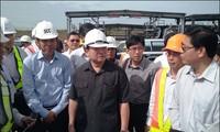 Phó Thủ tướng Hoàng Trung Hải thị sát dự án đường sắt đô thị tại Thành phố Hồ Chí Minh