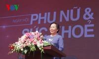 Phó Chủ tịch nước Nguyễn Thị Doan dự Ngày hội Phụ nữ và sức khỏe