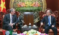 Đại diện Thương mại Hoa Kỳ: Hiệp định TPP sẽ mở ra chương mới trong quan hệ Việt Nam – Hoa Kỳ