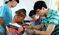 Bệnh viện Asan Seoun Hàn Quốc khám chữa bệnh tình nguyện quy mô lớn cho người nghèo tại Hưng Yên