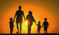 Bài học với chủ đề: Gia đình