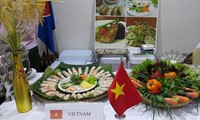"Việt Nam tham dự ""Liên hoan Ẩm thực ASEAN 2015"" tại Campuchia"