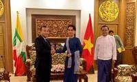 Thứ trưởng Ngoại giao Vũ Hồng Nam làm việc với Bộ Ngoại giao Myanmar