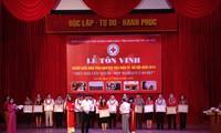 Hà Nội tôn vinh người hiến máu tình nguyện
