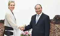 Thủ tướng Nguyễn Xuân Phúc tiếp Đại sứ đặc mệnh toàn quyền Thụy Điển tại Việt Nam