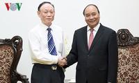 Thủ tướng Nguyễn Xuân Phúc tiếp Chủ tịch Tập đoàn JA Solar - Trung Quốc