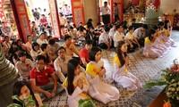 Việt kiều ở Thái Lan tổ chức lễ Vu Lan