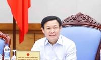 Phó Thủ tướng Vương Đình Huệ chủ trì cuộc họp đánh giá về kết quả kiểm soát lạm phát