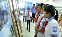 Cộng đồng ASEAN qua Triển lãm ảnh và phim phóng sự - tài liệu
