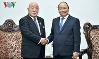 Thủ tướng Nguyễn Xuân Phúc tiếp cố vấn đặc biệt Nội các Chính phủ Nhật Bản