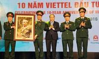 Thủ tướng Nguyễn Xuân Phúc: Viettel đã tạo ra một mẫu hình tăng trưởng mới cho Việt Nam