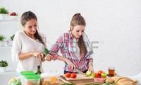 Bài 11: Giới thiệu nguyên liệu làm các món ăn Việt Nam (Tiết 2)