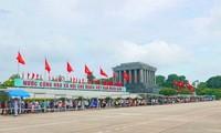 Tết là dịp để người dân Việt Nam hướng về cội nguồn
