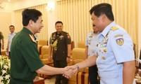 Tổng Tham mưu trưởng Quân đội nhân dân Việt Nam tiếp Tham mưu trưởng Không quân Indonesia