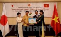 Hơn 120 triệu đồng đến với trẻ em nghèo Hà Tĩnh