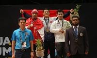 Cử tạ Việt Nam giành 2 huy chương vàng tại Sea Games 29