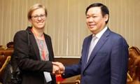 Phó Thủ tướng Vương Đình Huệ tiếp Tham tán phát triển Đại sứ quán Đức tại Việt Nam