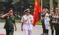 Chủ tịch Ủy ban Tham mưu trưởng Ấn Độ thăm hữu nghị chính thức Việt Nam