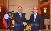 Bí thư Thành ủy TP Hồ Chí Minh Nguyễn Thiện Nhân tiếp Phó Thủ tướng Chính phủ Lào Sonesay Siphandone