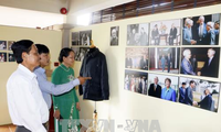"""Khai mạc trưng bày chủ đề ảnh """"Yêu quê hương qua góc nhìn Võ Văn Kiệt"""""""