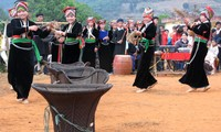 Traditional dances of Kho Mu people