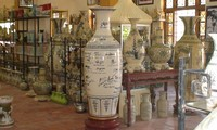 Chu Dau ancient ceramic honored in a tourism program