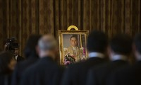 Thailand opens Royal Palace for mourners