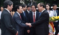 PM Nguyen Xuan Phuc: Vietnam National University should lead start-up campaigns