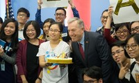 US Ambassador talks to Young Southeast Asian Leaders Initiative (YSEALI)