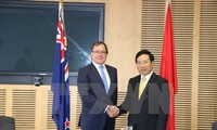 Vietnam, New Zealand foreign ministers meet in Auckland