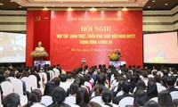 Prime Minister attends conference on learning Party resolution