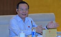 Vietnam pledges favorable conditions for foreign investors