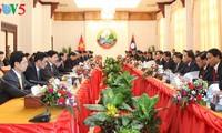 Lao press: Vietnamese Prime Minister's visit deepens bilateral ties