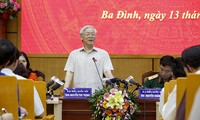 Party leader Nguyen Phu Trong meets voters
