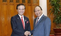 Prime Minister receives Governor of Kanagawa Prefecture