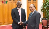 Prime Minister receives World Bank Country Director